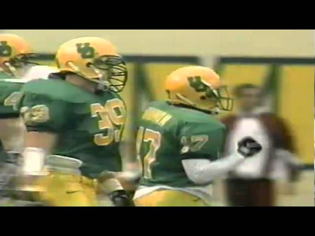 Oregon CB Rashad Bauman tackles ASU WR Creig Spann on reverse for big loss 11-14-98