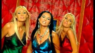 Assia Ahhatt - Hot Kiss