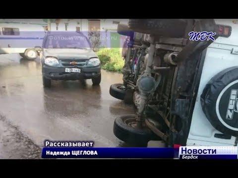 В Бердске перевернулся УАЗ сотрудников полиции