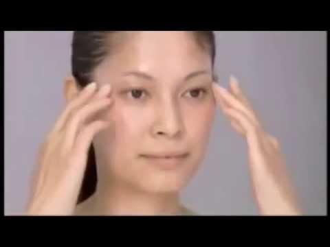 Cách massage mặt khoa học của chuyên gia người Nhật Chizu Saeki