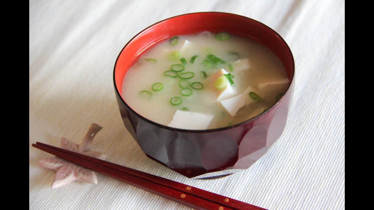 Miso Soup Recipe - Japanese Cooking 101 - YouTube