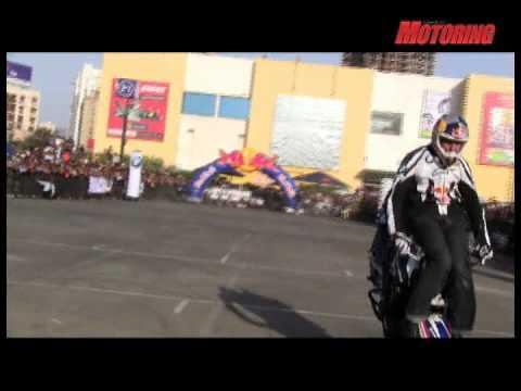 World Stunt Riding Champion Chris Pfeiffer goes all out in Mumbai! - BSM webTV