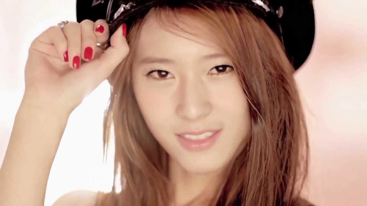Krystal Jung Hot Summer - Viewing Gallery F(x) Electric Shock Krystal