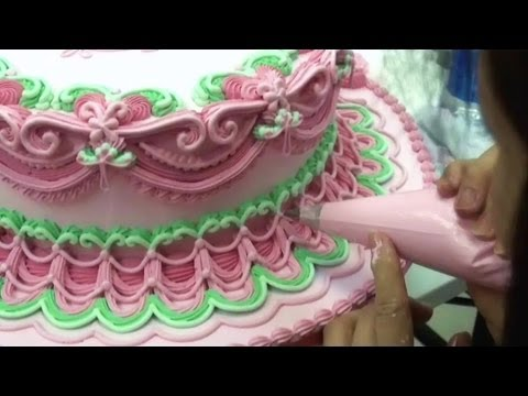 Cake Decorating Course In Hk : CAKE DECORATING WEDDING CAKES - HOW TO PIPE ROYAL ICING ...