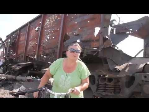 Slavyansk Bombed Train Interview (Russian - English subtitles)