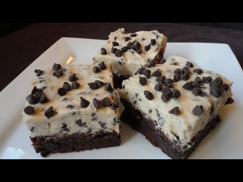 Chocolate Chip Cookie Dough Brownies - YouTube