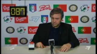 25/04/2010 - Maurizio Crozza imita Josè Mourinho!
