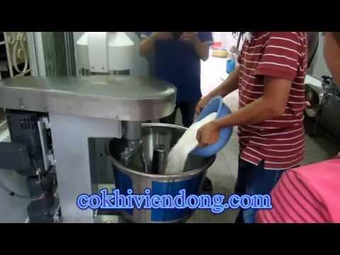 Cách làm bánh mì Việt Nam đầy đủ máy móc