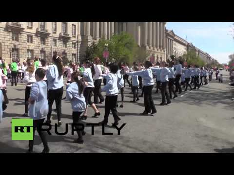 USA: Thousands celebrate US-Japan friendship at Cherry Blossom Parade