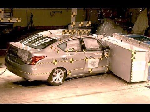 2013 Nissan Versa | Frontal Oblique Offset (35% Overlap, Passenger) Crash Test by NHTSA | CrashNet1