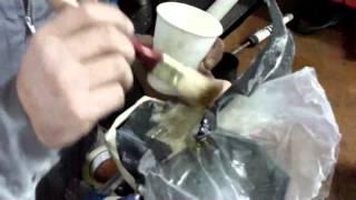 Como reparar plásticos con fibra