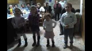 Bimbi Che Ballano Gangnam Style