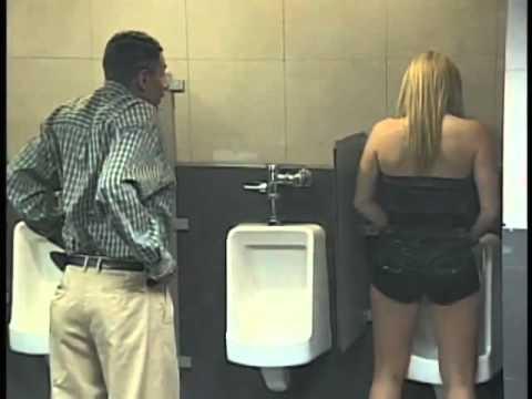 video gracioso baño para todos camara oculta
