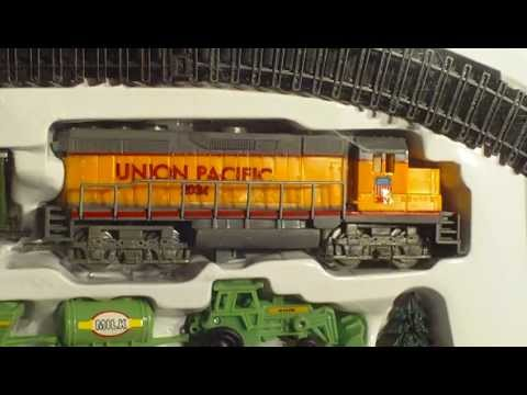 Video for Children Toy Trains Yellow Union Pacific Farm