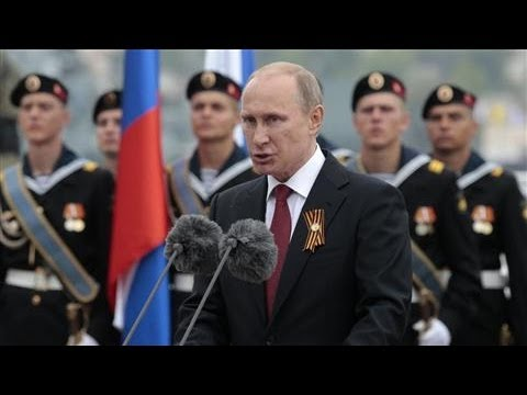 Putin Arrives in Crimea for Victory Day Parade