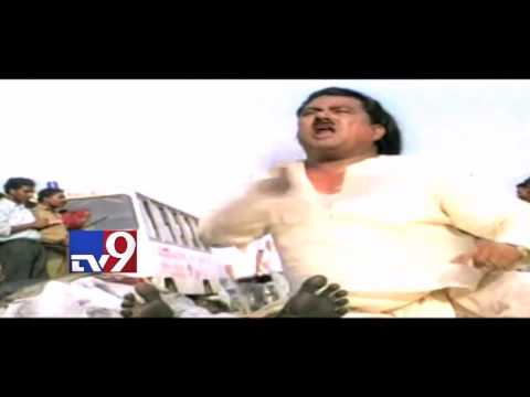 Where is Costume Krishna ? - Find Out in Anveshana ! - TV9