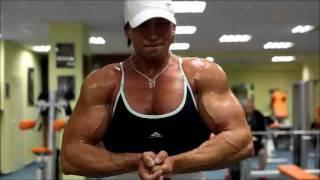 Massive Female Bodybuilder with 19 inch biceps