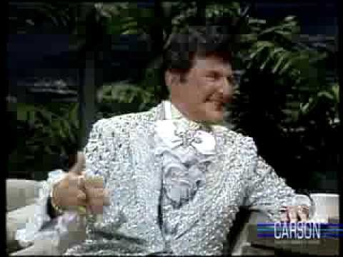 Liberace Reveals his Love for Soap Operas on Johnny Carson's Tonight Show