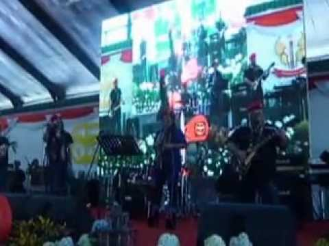 Bagimu Negeri - Kebyar-kebyar (Medley) - Covered by Mahir & The ALLIGATORS Live @ Grup-1 KOPASSUS
