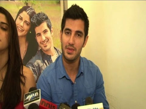 INTERVIEW : Aditya Seal on Purani Jeans - Bollywood Country Videos