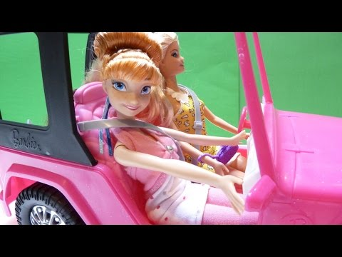 Xe Hơi Của Búp Bê Barbie - Búp Bê Barbie & Công Chúa Anna Cùng Chelsea Đi Du Lịch (Bí Đỏ)