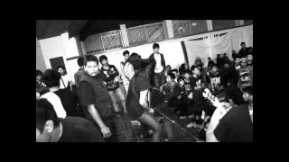 Black Jasmine - RENOUNCED THE VIOLENCE LIVE IN SERANG 2011 view on youtube.com tube online.