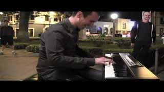 "Incredible ""Let It Go"" Piano Cover By Jonny May Surprises"