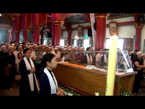 Đức Ông Laurenxô Phạm Hân Quynh về cùng Chúa Giáo Hạt Hải Phòng dâng lễ cầu nguyện 15 giờ ngày 24 7 2012