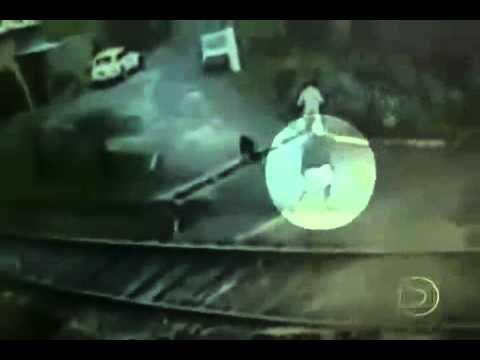 Zkušený opilec se vlaku nebojí! :-O