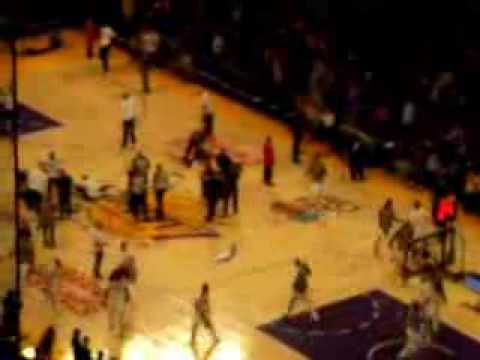 Lakers vs Heat Christmas Day 2013 pt 1
