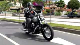 Vrum testa a Harley-Davidson Bob Street