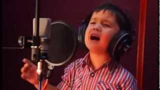 صوت الطفل الافغاني الذي دفع سينا الى التفكير في الانتحار