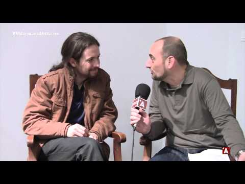 Entrevista a Pablo Iglesias ya Íñigo Errejón n'Alderiques d'Asturies alrodiu Podemos