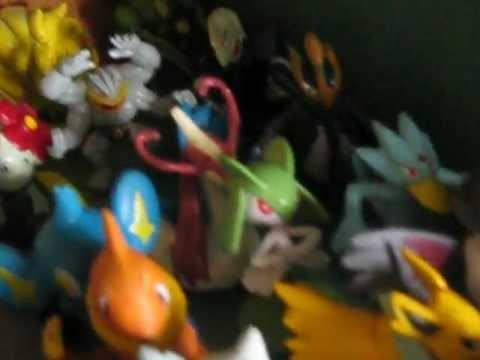 Bộ sưu tập gần 200 Pokémon của Satoshi