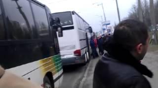 П'яний електорат януковича після ухвалення бюджету повертається додому