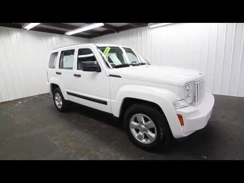 The KEY 2011 JEEP LIBERTY EXT WHITE INT GRAY