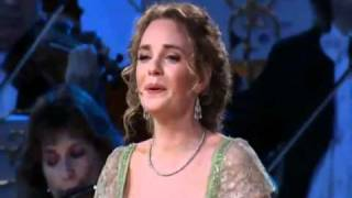 ANDRE RIEU WITH SUZAN ERENS THE SOUND OF MUSIC.wmv