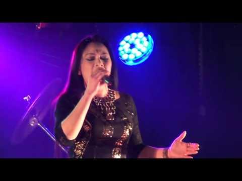 Nửa vầng trăng - Như Quỳnh Live (2013)