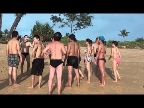 sexy tap the tai bai bien phuket thai lan 5