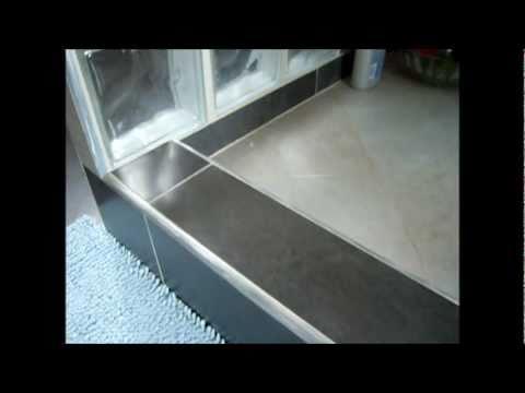 Ristrutturazione bagno con gr s muretto e vetro cemento - Bagno con muretto ...