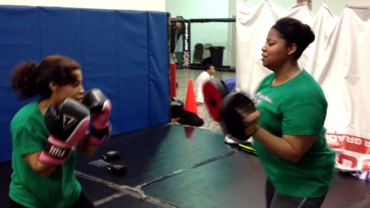 |Burning 800+ Calories| Ladies Only Boxing in Top Flight ...
