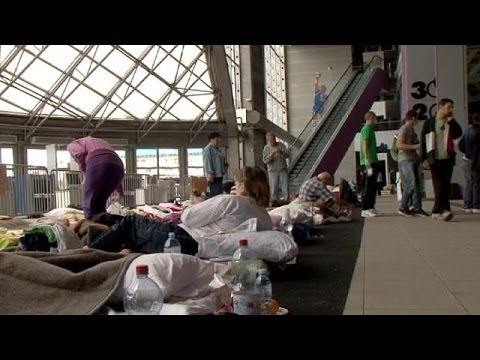 Flood victims take refuge in Belgrade stadium