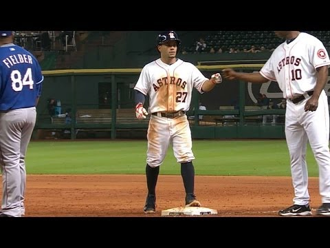 Altuve smacks three hits vs. the Rangers