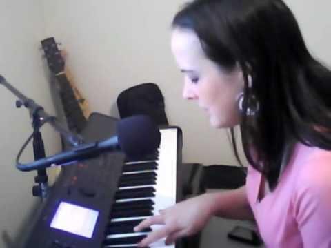 Marika Rafte: Blake Shelton thanks God for a Cypress teen: Judge is awestruck by Danielle Bradbery's Voice