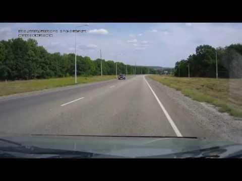 فيديو سائق متهور يضع نفسه في موقف مروع