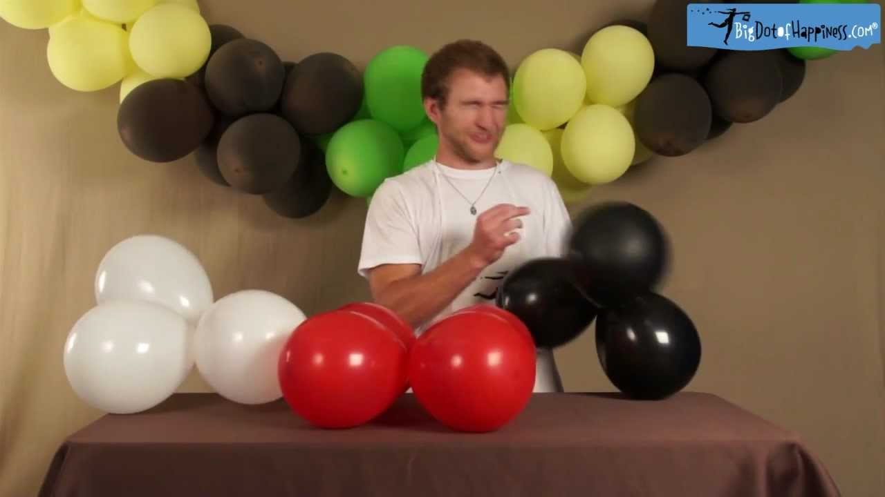 Do it yourself balloon banner craft time with zach big for Balloon banner decoration