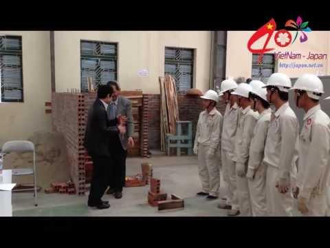 Xí nghiệp Nhật Bản đưa ra bài thi