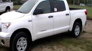 Toyota Tundra CrewMax 5.7 4X4 Truck Pull videos
