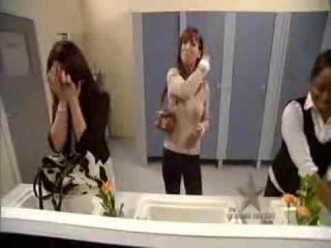 Hidden camera in womans bathroom youtube for Hidden bathroom pics