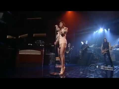 Rihanna - Russian Roulette - Live David Letterman 11-24-2009 EXTREME HIGH QUALITY